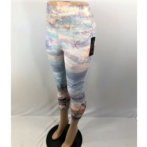 Evolution & Creation Sunset Leggings Capri